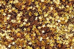 gold stars in a pile